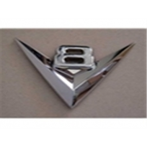 """53 Grille Emblem - """"V8"""""""